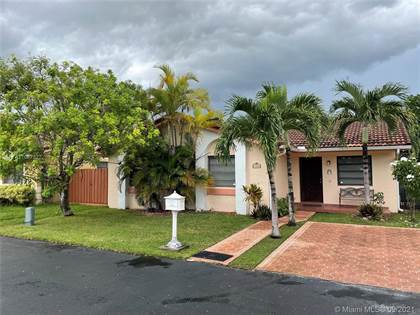 Residential for sale in 7510 SW 114th Pl, Miami, FL, 33173