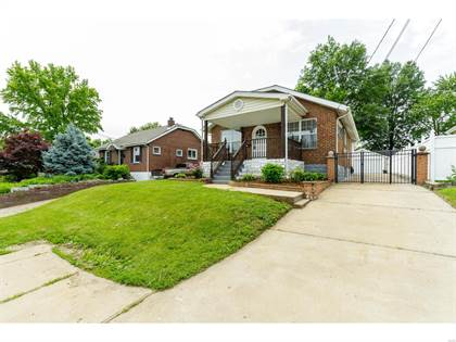Residential Property for sale in 6006 Heege Road, Affton, MO, 63123