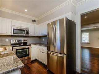 Condo for rent in 5849 Sandhurst Lane B, Dallas, TX, 75206
