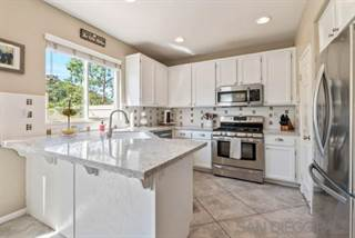Townhouse for sale in 10298 Scripps Poway Pkwy Unit 8, San Diego, CA, 92131