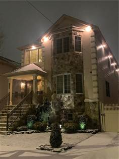 Residential Property for sale in 158 Muller Avenue, Staten Island, NY, 10302