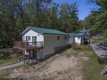 Residential Property for sale in 1941 High Rd, Roscommon, MI, 48653