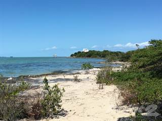 Residential for sale in Beach Front North of Secret Beach - Parcel #8642, Ambergris Caye, Belize
