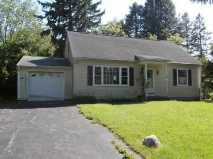 Residential for sale in 15 Cobblestone Drive, Henrietta, NY, 14623