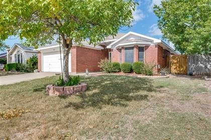 Residential for sale in 6841 Prairie Hill Road N, Fort Worth, TX, 76131