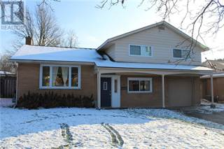Single Family for sale in 63 LYNDHURST Drive, Kitchener, Ontario