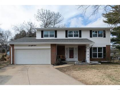 Residential for sale in 689 Greensleeves Drive, Fenton, MO, 63026