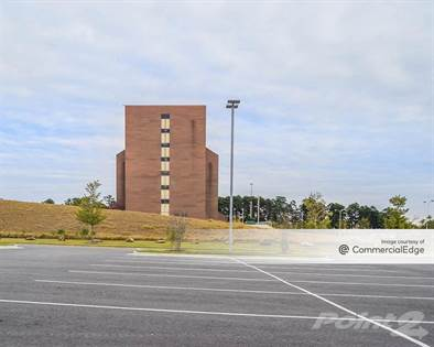 Office Space for rent in 500 South University Avenue, Little Rock, AR, 72205