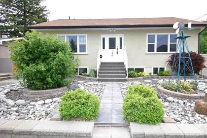 Residential Property for sale in 230 Juniper Avenue, Kamloops, British Columbia, V2B 1H7