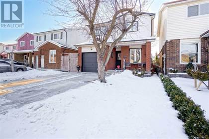 22 WINTERFOLD DR,    Brampton,OntarioL6V3T1 - honey homes