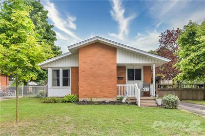 Residential Property for sale in 1823 HOLLEY Crescent, Cambridge, Ontario