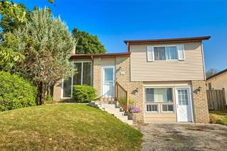 Residential Property for sale in 32 Hickling Tr, Barrie, Ontario, L4M 5S4