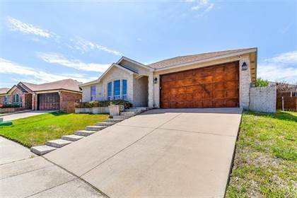 Residential for sale in 9977 Peregrine Trail, Fort Worth, TX, 76108