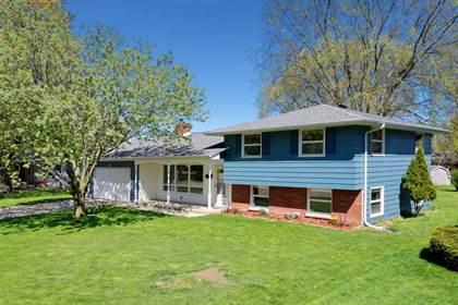 Residential Property for sale in 815 NEUFELD Street, Green Bay, WI, 54304