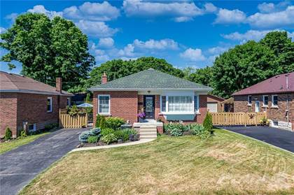 Residential Property for sale in 17 CAMERON Avenue, Dundas, Ontario, L9H 1P4