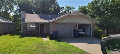 Multifamily for sale in 221  N 44th  ST, Fort Smith, AR, 72903