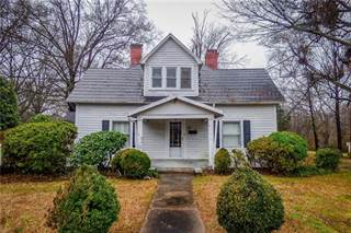 Single Family for sale in 910 3rd Street NW, Hickory, NC, 28601