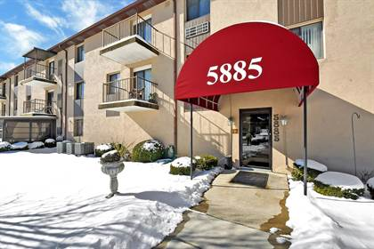 Residential for sale in 5885 Beechcroft Road 213, Columbus, OH, 43229