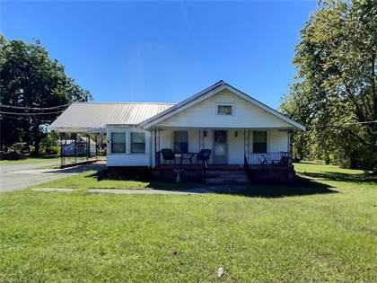 Residential Property for sale in 3005 West Center Street Extension, Lexington, NC, 27295