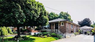 Residential Property for sale in 77 FERNWOOD Crescent, Hamilton, Ontario