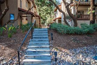 Condo for sale in 5854 Mission Center Rd Unit D, San Diego, CA, 92123