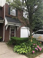 Condo for sale in 1326 VILLAGE DRIVE Drive 22, Detroit, MI, 48207