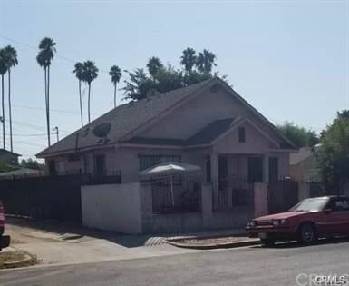 Residential Property for sale in 2388 W 29th Place, Jefferson Park, CA, 90018