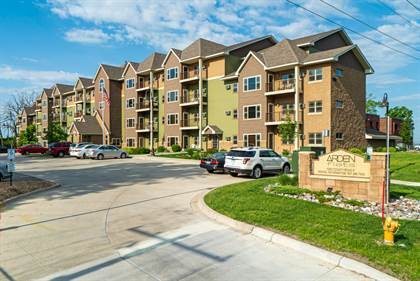 Apartment for rent in 1290 County Road F West, Arden Hills, MN, 55112
