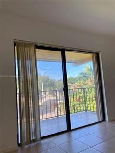 Residential Property for sale in 10425 N Kendall Dr C214, Miami, FL, 33176