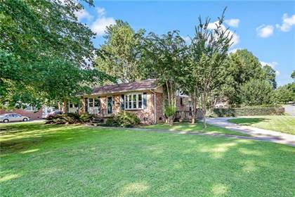 Residential for sale in 4031 Brookview Drive, Charlotte, NC, 28205