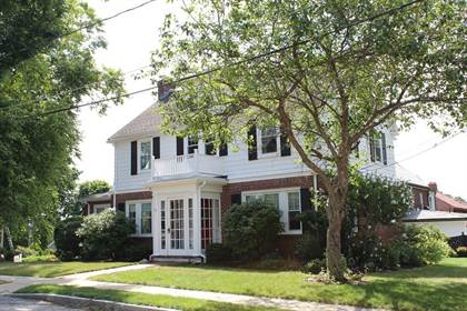 Residential Property for sale in 50 Gale Road, Belmont, MA, 02478