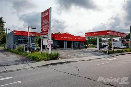 Commercial for sale in 673 Boul. des Laurentides, Laval, Quebec, H7G 2V8