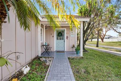 Residential Property for sale in 14572 SW 142nd Pl, Miami, FL, 33186