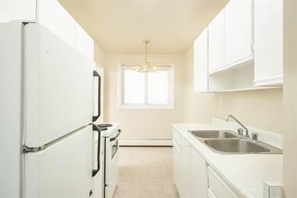 Apartment for rent in 9115 & 9121 106A Avenue Northwest, Edmonton, Alberta, T5H 3Y7