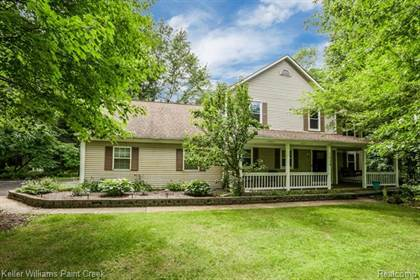 Residential for sale in 1524 TWIN LAKES Boulevard, Oxford, MI, 48371