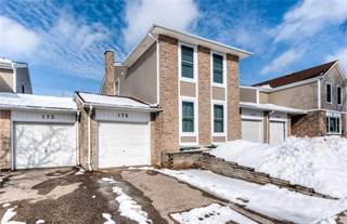 Townhouse for sale in 175 SILVER ASPEN Crescent, Kitchener, Ontario, N2N 1H5