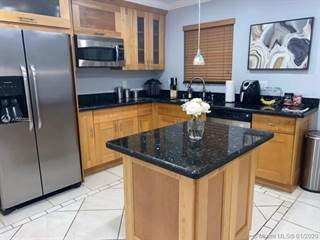 Townhouse for rent in 14301 SW 96th St 702, Miami, FL, 33186