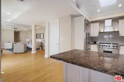 Residential Property for sale in 261 S REEVES DR PH3, Beverly Hills, CA, 90212