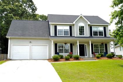 Residential for sale in 7214 Tascosa Drive, Flowery Branch, GA, 30542