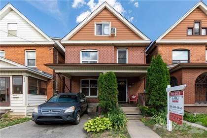 Multifamily for sale in 30 FAIRLEIGH Avenue N, Hamilton, Ontario, L8L 6H2