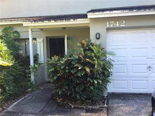 Townhouse for rent in 1742 ADAMS CIRCLE S, Largo, FL, 33771