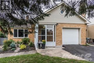 Single Family for sale in 695 ROCKWAY Drive, Kitchener, Ontario