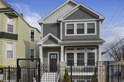 Residential Property for sale in 2814 W. Henderson Street, Chicago, IL, 60618