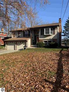 Residential Property for sale in 7831 White Birch Drive, Farwell, MI, 48622