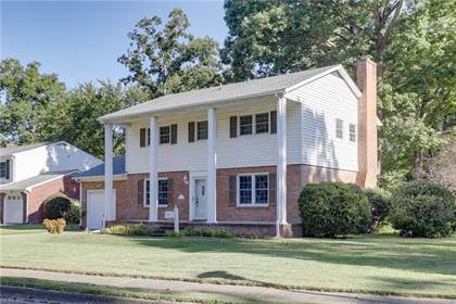 Residential Property for sale in 207 Caisson Crossing, Hampton, VA, 23669