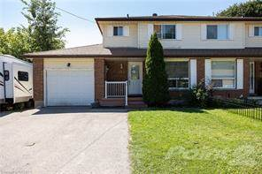 Residential Property for sale in 152 MCKENZIE Street E, North Perth, Ontario