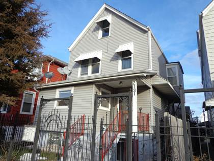 Multifamily for sale in 2131 North Latrobe Avenue, Chicago, IL, 60639