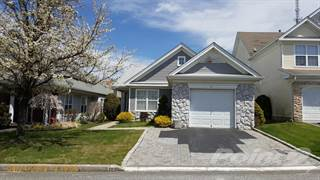 Residential Property for sale in 39 Perry Circle, Middle Island, NY, 11953
