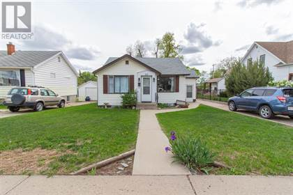 Single Family for sale in 59 4 Street SW, Medicine Hat, Alberta, T1A4C9