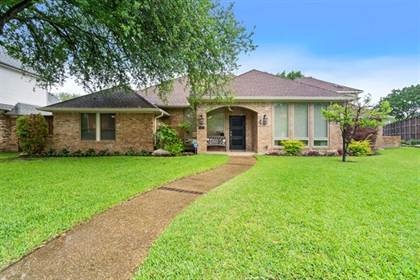 Residential for sale in 7305 Clayshire Circle, Dallas, TX, 75231